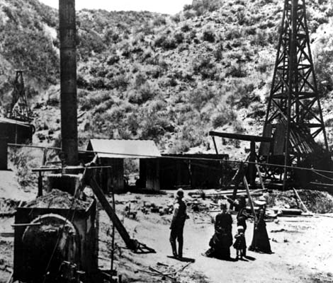 first california oil well
